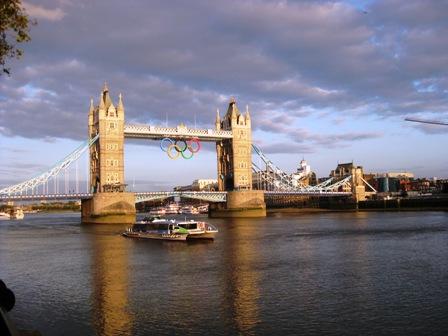 Štai taip Londonas pasitinka 2O12 metų vasarą