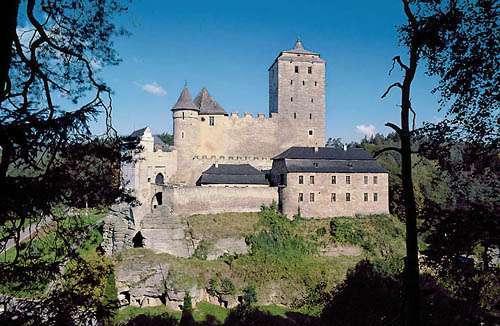 Kost pilis, Čekijos Rojus