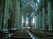 Duomo katedros viduje. Milanas, Italija