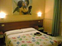 Interrail. Hotel due Giardini, Milanas