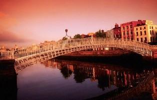 Ha'penny Bridge, Dublinas, Airija