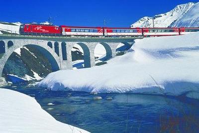 traukinys_Šveicarijoje