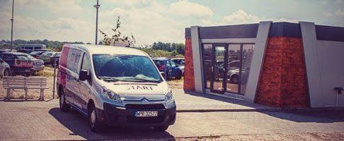 Automobilių parkingas Varšuvos oro uoste